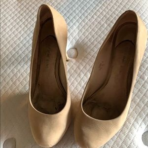 Tan high heel shoes